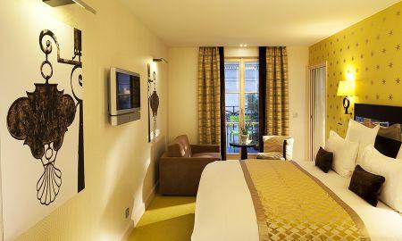 Dreibettzimmer - Hotel Le Petit Paris - Paris