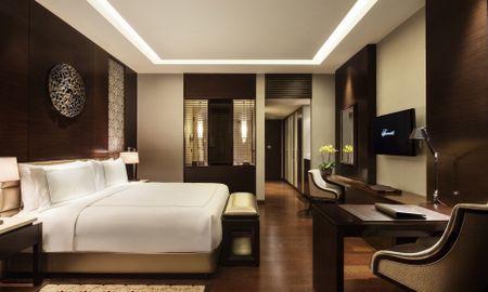 Quarto Fairmont Gold King - Fumantes - Fairmont Jakarta - Jacarta