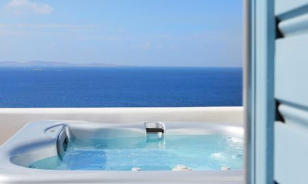 Deluxe Suite Sea View with Outdoor Jacuzzi - Kouros Boutique Hotel & Suite - Mykonos
