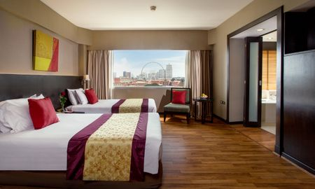 Grand Deluxe Zimmer - Ramada Plaza Bangkok Menam Riverside - Bangkok