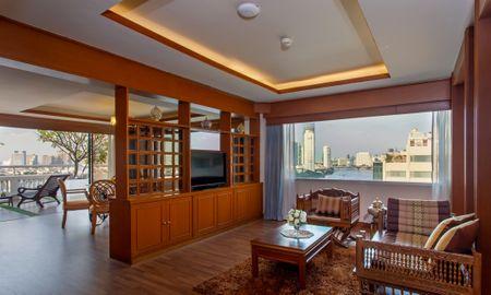 Executive Terrace Suite mit Jacuzzi - Ramada Plaza Bangkok Menam Riverside - Bangkok