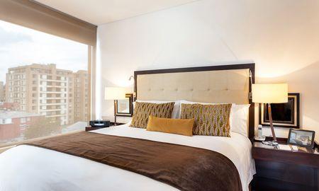 Emerald Suite - 93 Luxury Suites & Residences - Bogota