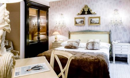 Chambre Classique Double - Hôtel Chateaubriand - Paris