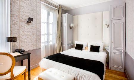 Chambre Familiale - Deux Chambres Communicantes - Eiffel Trocadéro - Paris