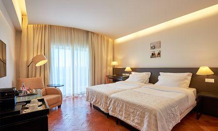 Family Room - Mountain View - Penina Hotel & Golf Resort - Algarve