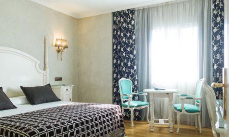 Habitación Doble con Traslado gratuito al aeropuerto - Sallés Hotel Ciutat Del Prat - Barcelona