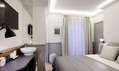 Chambre Classique Parisienne - Hôtel Petit Lafayette - Paris