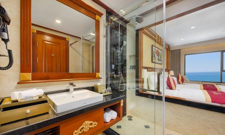 Deluxe Twin Room with Ocean View - DLG HOTEL DANANG - Da Nang