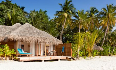 Jacuzzi Beach Villa - Veligandu Island Resort & Spa - Maldives