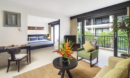 Suite Room - Away Bali Legian Camakila Resort - Bali