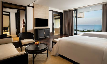 Cliff Junior Suite Ocean with Pool with Private Pool - The Apurva Kempinski Bali - Bali