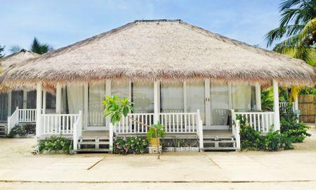 Bungalow Plage - Sudamala Resort, Seraya - Labuan Bajo