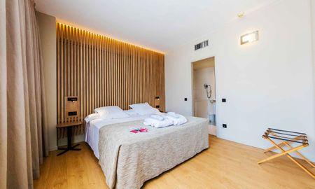 Habitación Premium Doble o Twin - Aparthotel Atenea Barcelona - Barcelona