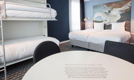 Habitación Cuádruple Urbana - Corendon Village Hotel Amsterdam - Ámsterdam