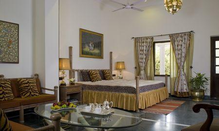 Deluxe Allure Suite Garden View Double Bed - Vivanta Sawai Madhopur Lodge - Rajasthan