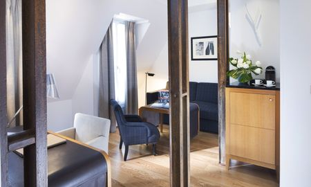 Suite with Sofa Bed - Hotel Le Six - Paris
