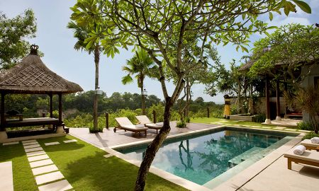 Villa Deluxe Cuatro Dormitorios con Piscina - Vista Valle - Karma Jimbaran - Bali
