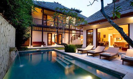 Villa Tres Dormitorios con Piscina - Karma Jimbaran - Bali