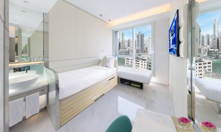 iPlus Room with Two Single Beds - Iclub Mong Kok Hotel - Hong Kong
