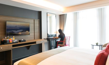 Suite Junior - Ramada Plaza By Wyndham Chao Fah - Phuket