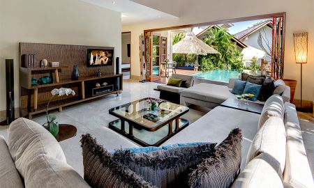 Villa Cuatro Dormitorios con Piscina - Vista al Jardín - Karma Kandara - Bali