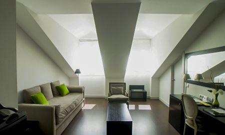 Quadruple Room - Hotel Meninas - Madrid