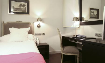Camera Singola - Hotel Meninas - Madrid