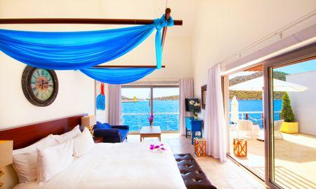 Superior Room - Sea View and Terrace - Doria Hotel Yacht Club Kaş - Antalya