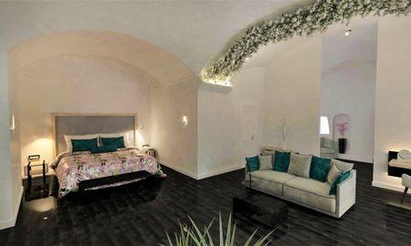 Suite Junior - Vista Jardín - Katikies Garden - Santorini