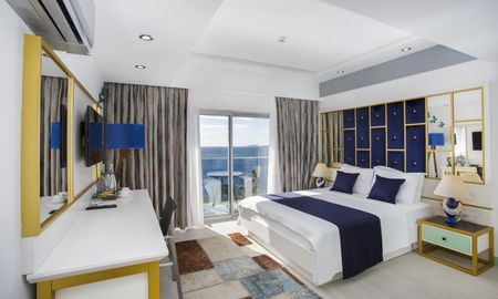Deluxe Double Room With Balcony - Sea View - Sea View Hotel - Antalya