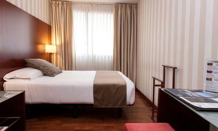 Habitación Doble Básica - Zenit Borrell - Barcelona