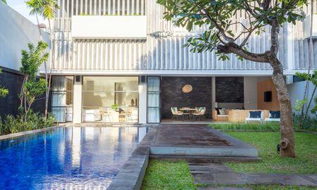 Villa Cuatro Dormitorios con Piscina - Origin Seminyak - Bali