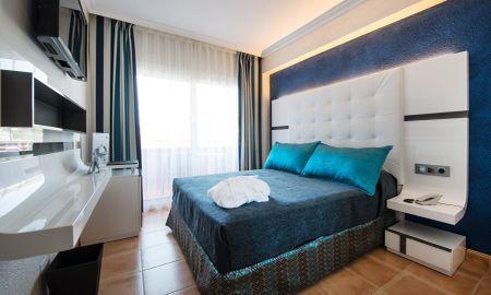 Deluxe Doppelzimmer mit Blick - Sallés Hotel Marina Portals - Balearische Inseln