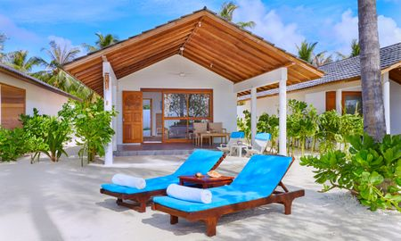 Sunrise Beach Bungalow - Innahura Maldives Resort - Maldives