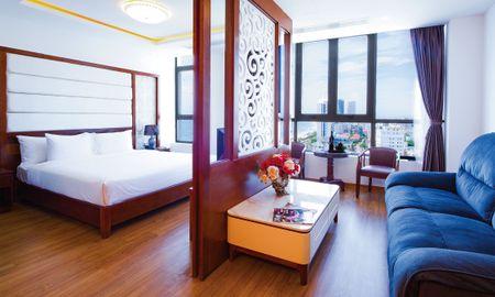 Le Hoang Suite Vue Mer - Le Hoang Beach Hotel Danang - Da Nang