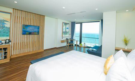 Suite Junior avec Balcon et Fron à l'Océan - Sala Danang Beach Hotel - Da Nang