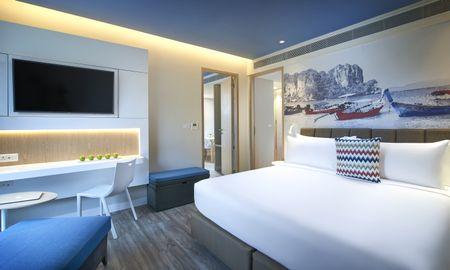 Suite una camera da letto - Balcone sulla piscina - OZO Phuket - Phuket