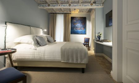 Standard Room - Interior View - Palazzo Caruso - Rome