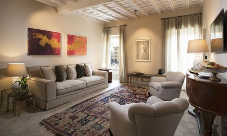 Junior Suite - City View - Palazzo Caruso - Rome