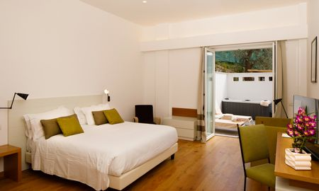 Junior Suite con Jacuzzi - Vista sul Mare - Art Hotel Villa Fiorella - Sorrento