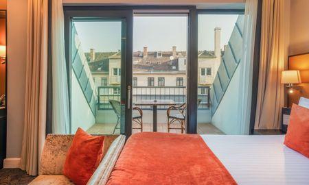 Superior Double Room with Balcony - Eurostars Danube Budapest - Budapest
