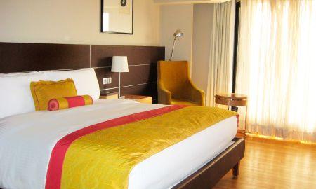 Deluxe Twin Room - The LaLiT New Delhi - Delhi
