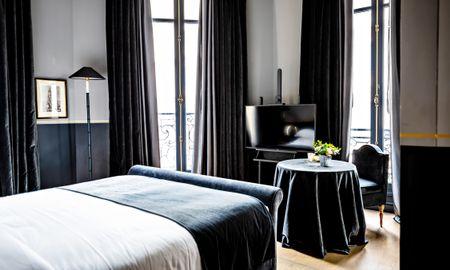 Chambre Deluxe Avec Balcon - Monsieur George - Champs Elysées - Paris