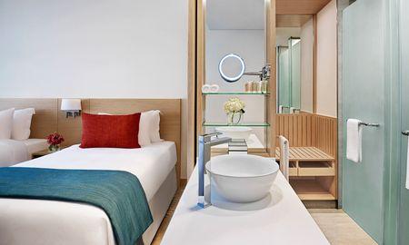 Avani Executive Room - Avani Ibn Battuta Dubai Hotel - Dubai