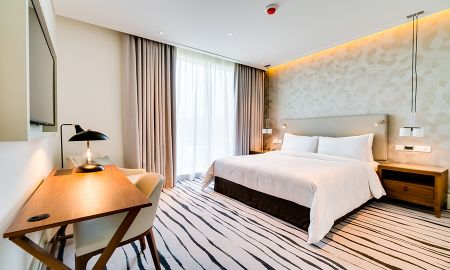 Three Bedroom Apartment - Burj Khalifa View - Vida Residences Downtown - Dubai