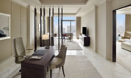 Premier Suite - Fountain View - Address Fountain Views - Dubai