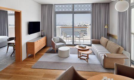 Premier Corner Suite - Marina View - Vida Creek Harbour - Dubai