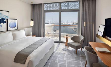 Номер Делюкс - вид на Марину с балконом - Vida Creek Harbour - Dubai