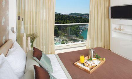 Chambre Supérieure avec Balcon - Vue Mer - Amfora, Hvar Grand Beach Resort - Hvar