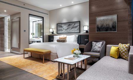 Junior Suite with Balcony - Taj Jumeirah Lakes Towers - Dubai